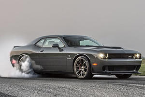 Watch The 1,000-HP Hennessey Hellcat Tear Up A Dyno