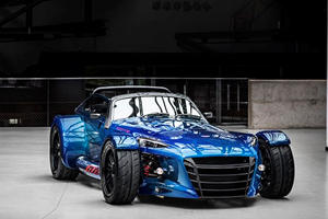 This Dutch Track Car Is Made Almost Entirely Out Of Visible Carbon Fiber