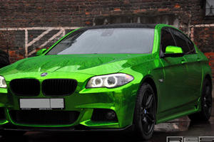 Gotta Love that Green Chrome: BMW F10 5-Series Sedan M Sport