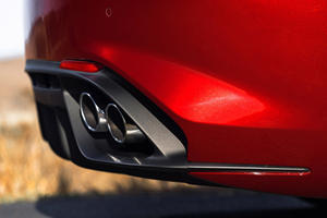 Alfa Romeo Giulia Quadrifoglio Sedan Exhaust Tip Detail