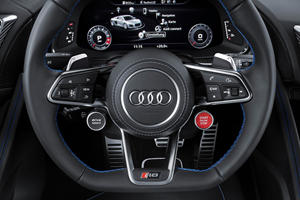 2017 Audi R8 V10 quattro Coupe Steering Wheel Detail