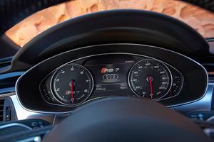 2017 Audi RS 7 Prestige quattro Sedan Gauge Cluster