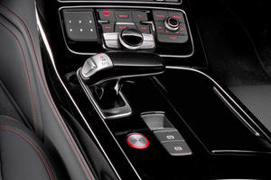 2017 Audi S8 plus quattro Sedan Shifter