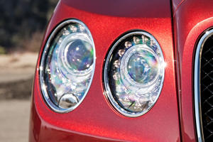 2017 Bentley Flying Spur V8 S Sedan Headlamp Detail