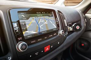 2017 FIAT 500L Lounge Wagon Navigation System