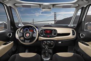 2017 FIAT 500L Trekking Wagon Dashboard