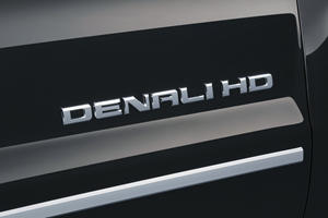 2016 GMC Sierra 3500HD Denali Crew Cab Pickup Front Badge