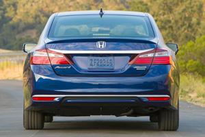 2017 Honda Accord Hybrid Touring Touring SedanExterior