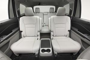 2017 Honda Pilot Elite w/Navigation and Rear Entertainment System 4dr SUV Rear Interior