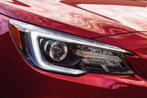 2018 Subaru Legacy 3.6R Limited Sedan Headlamp Detail
