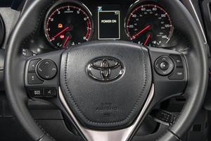 2017 Toyota RAV4 SE 4dr SUV Aux Controls