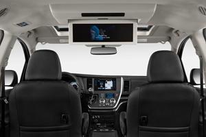2017 Toyota Sienna SE 8-Passenger Passenger Minivan Interior Detail