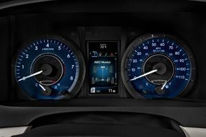 2017 Toyota Sienna XLE Premium 7-Passenger Passenger Minivan Gauge Cluster
