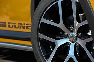 2017 Volkswagen Beetle 1.8T Dune 2dr Hatchback Wheel