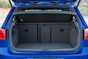 2017 Volkswagen Golf R w/Dynamic Chassis Control and Navigation 4dr Hatchback Cargo Area