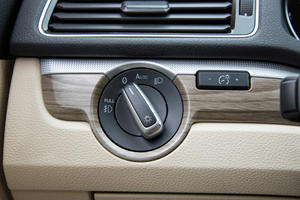 2017 Volkswagen Passat V6 SEL Premium Sedan Interior Detail
