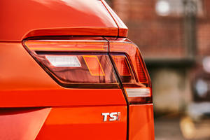 2018 Volkswagen Tiguan S 4dr SUV Rear Badge