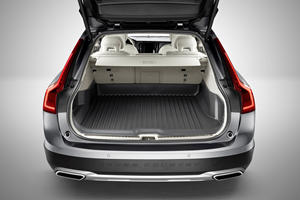 2017 Volvo V90 Cross Country T6 Wagon Cargo Area