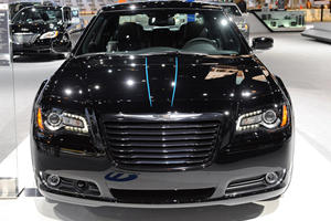 Mopar Murders-Out the 2012 Chrysler 300 in Chicago