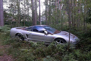 This Acura NSX Was Left To Rust In A Russian Forest For Several Years