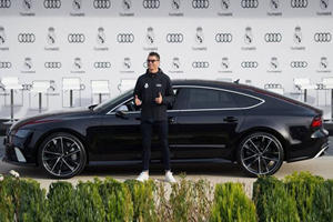 Ronaldo Given Brand New Audi RS7 As Real Madrid Receive New Audis