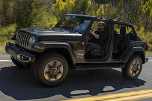 Jeep CEO Confirms Plug-in Hybrid Wrangler Coming In 2020