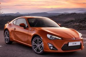 Toyota GT-86 Drifts in the Philippines