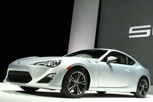Scion Celebrates with 10 Series