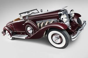 GM Can Beat Rolls-Royce and Mercedes Maybach By Bringing Back Duesenberg