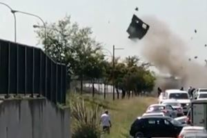 South African Thieves Blow Doors Off Armored Truck In Broad Daylight