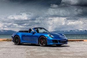 2018 Porsche 911 Carrera GTS Cabriolet Review