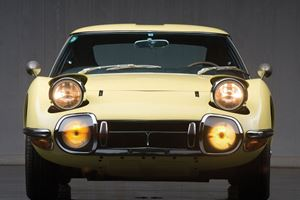 A 1967 Toyota 2000GT Is The Birthday Gift We Desperately Want
