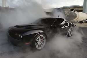 This Is The Most Epic Challenger Hellcat Burnout You'll Ever See