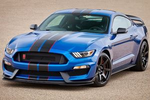 Buying A Ford Mustang GT350 Or Raptor Has Racing School Perks