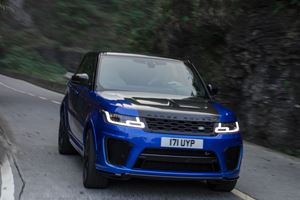 Watch The Range Rover Sport SVR Outperform A Ferrari 458 Italia