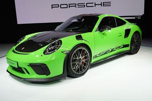 Porsche Enthusiasts Are Crying Out For More Lightweight Models