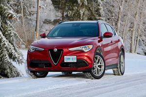 alfa romeo 39 s gorgeous tonale suv will enter production in 2020 carbuzz. Black Bedroom Furniture Sets. Home Design Ideas