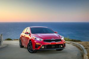 2019 Kia Forte First Look Review: The Mini-Stinger