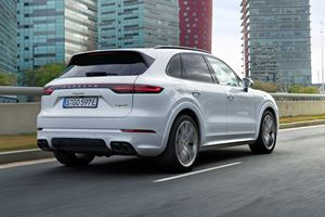 2019 Porsche Cayenne E-Hybrid First Look Review: The Sleeper That Deserves Attention