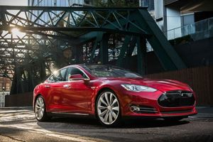 Why Buy The Performance Tesla Model 3 When There's The Model S?