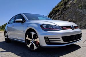 America's 2019 Volkswagen GTI Won't Ditch The Manual