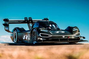 Watch The Volkswagen I.D. R Tackle Pikes Peak For The First Time