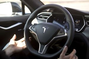 Tesla-Fooling 'Autopilot Buddy' Is Now Illegal