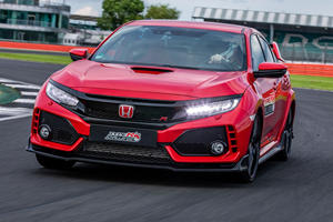 Honda Civic Type R Smashes Silverstone FWD Lap Record
