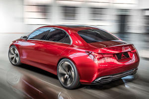 Nissan Puts The Brakes On Joint Infiniti-Daimler Luxury Compact Car