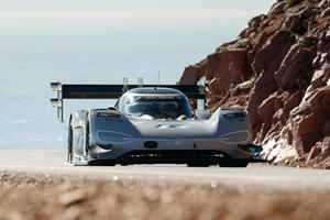 Electric Volkswagen I.D. R Aiming For New All-Time Record At Goodwood