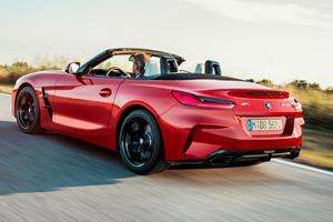 2019 BMW Z4 Roadster Left Rear Three-Quarter Dynamic