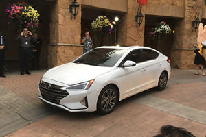 2019 Hyundai Elantra Revealed To The World With New Look And Enhanced Safety Tech