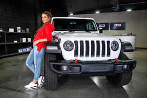 Jeep Challenges Celebrities To Make The Most Amazing Custom Wranglers