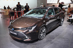 Toyota Corolla Sports Touring Is The Stretched Corolla Hatchback America Sadly Won't Get